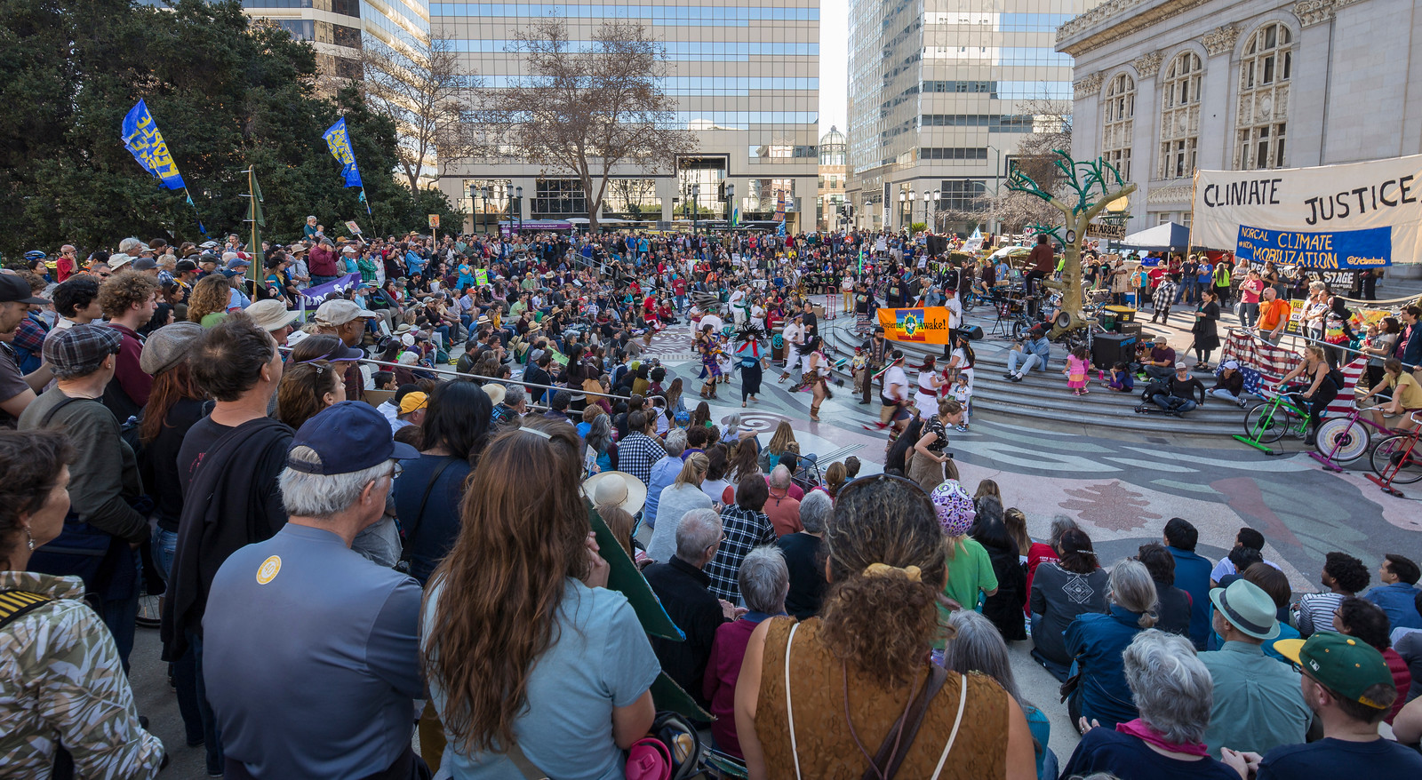 Northern California Climate Mobilization rally at Oakland City Hall, November 2015