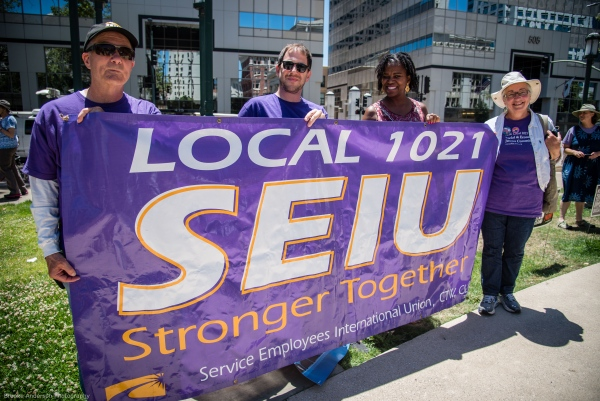SEIU 1021 out in force Photo: Brooke Anderson